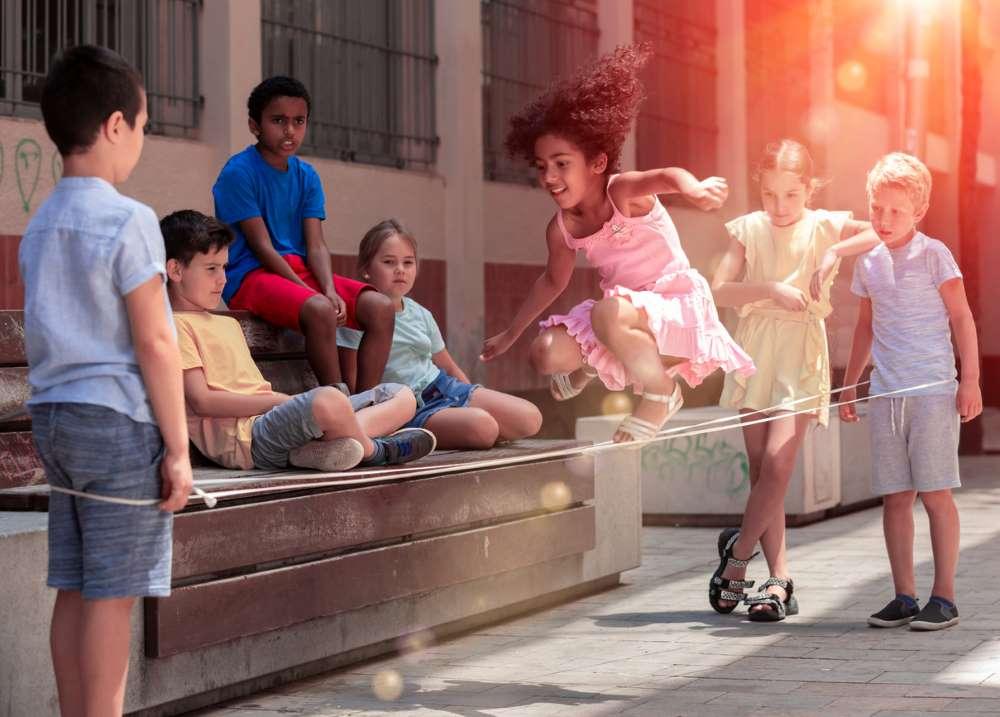 kids playing jumping
