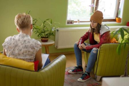 teen therapist