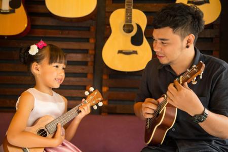 ukulele music lesson