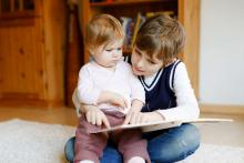 child reading tips